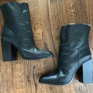 NEW Saint Laurent Jodie Western Ankle Boots 38.5